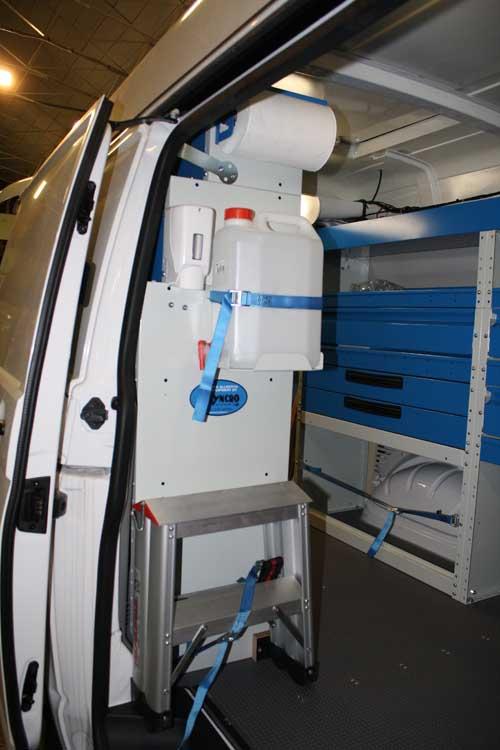 Allestimento per vw transporter a trofarello for Filiale di cabina clarksburg